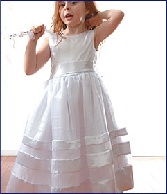 Satin Ribbon Dress  size 8-12